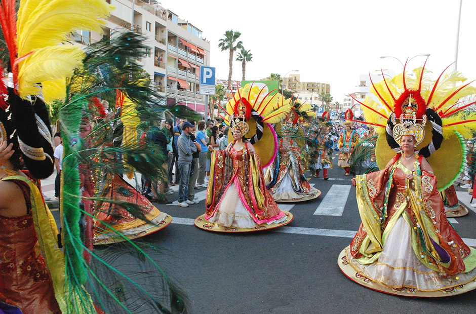 Women at Carnival in Santa Cruz
